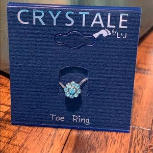 3/$10 NWT crystal blue toe ring